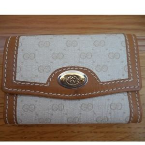 NEW~GUCCI~Monogram White Guccissima 6-Key Holder
